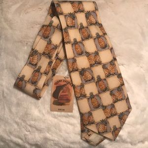 NWT Tommy Bahama Pineapple Tie